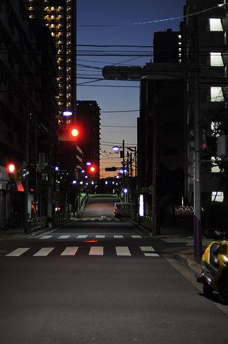 夜明け前に東京を出発。