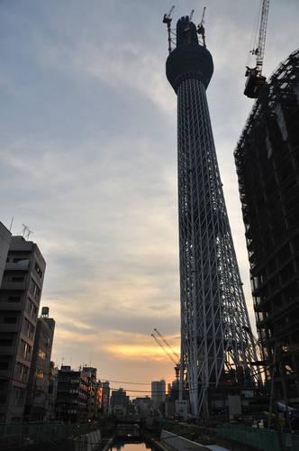 今日の一枚「夕暮れの東京スカイツリー」